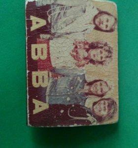 Значок ABBA.