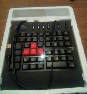 Игровая клавиатура a4tech g100