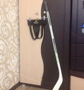 Хоккейная ракушка на ребенка 6-7лет,клюшка