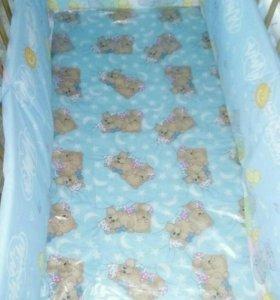 Матрас в детскую кроватку и бортики