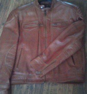 Куртка мужская кожаная.