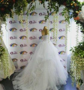 Свадебное платье Салон