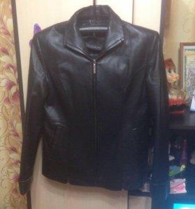 Кожаный пиджак и кожаная юбка...