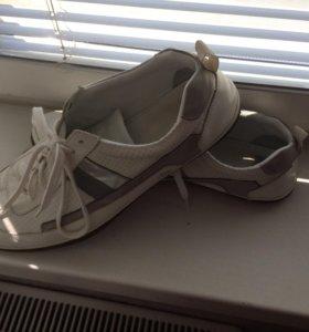 Кожа кроссовки