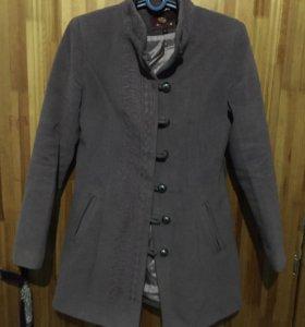 Пальто (размер 46)