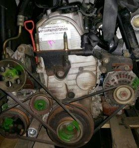 Двигатель с каробкой.