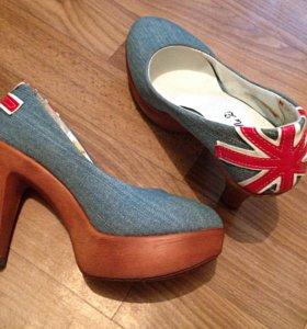 Туфли на 35 и 36₽