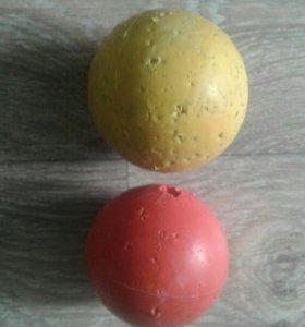 Мячики для игры. Мяч