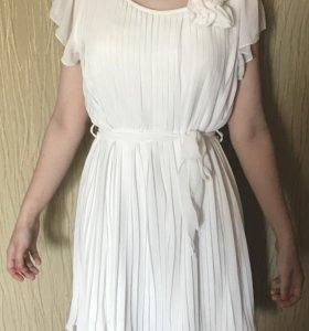 Платье на девочку 12-15,