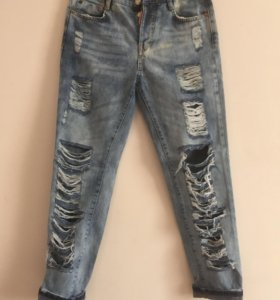 Новые джинсы DSQUARED