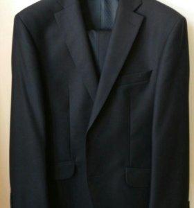 Черный костюм TRUVOR приталенный