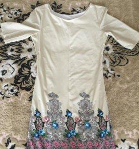 Женское качественное платье
