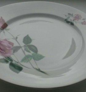 Тарелки с розами 7 шт. плоские Чехословакия