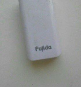 Акумулятор для зарядки телефона