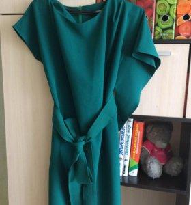 Элегантное , новое платье
