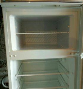 холодильник двухкамерный,Атлант