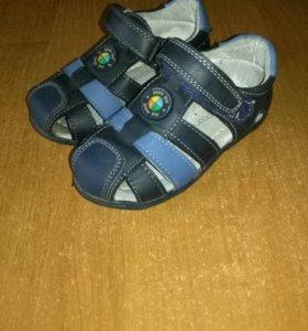 Детская обувь на мадьчика