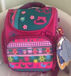 Эргономичный школьный рюкзак(новый)