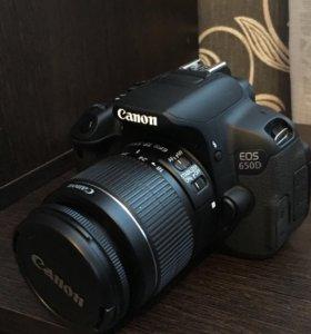 Зеркальный фотоаппарат Canon 650d