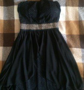 Платье новое нарядное 44-46