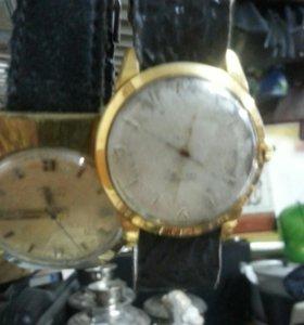 Механические часы в ассортименте