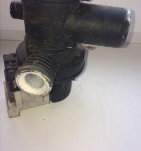 Помпа стиральной машины indesit