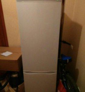Холодильник Атлант 180 см