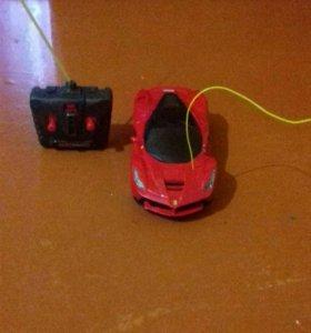 Машина на пульте Ferrari