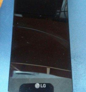 Телефое LG