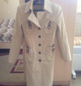 Вельветовое пальто рр xs