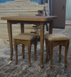 Обеденный стол с 2-мя табуретами