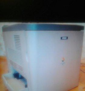 Принтер Epson C900 лазерный цветной