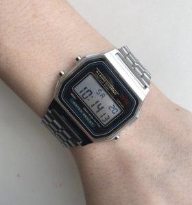 Часы новые Casio