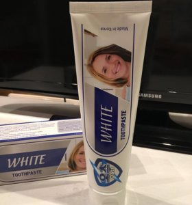 Отбеливающая зубная паста. 140 гр. Южная Корея