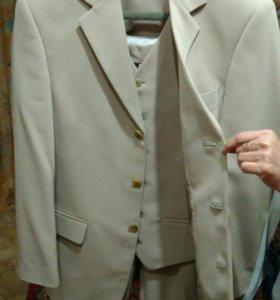 Мужской костюм тройка, на подростка