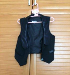 комплект (юбка и жилет)
