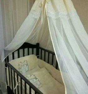 Кроватка детская с маятнком