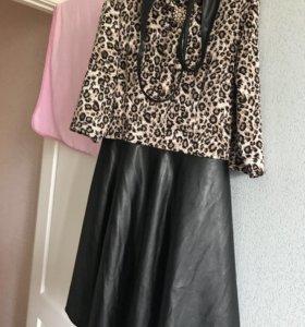Платье с кожаной юбкой
