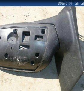 Ford Focus продам зеркало с дефектом