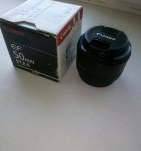 Объектив Canon EF 50 mm f/1.8