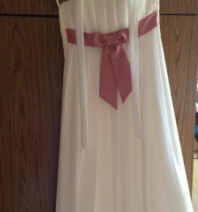 Платье белое 12или 13 лет