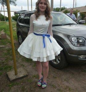 Нарядное платье 40-42
