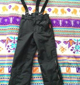 Штаны для мальчиков Reima