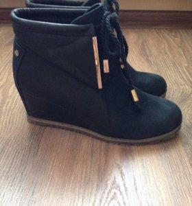 Фирменные ботиночки из натуральной кожи р.38