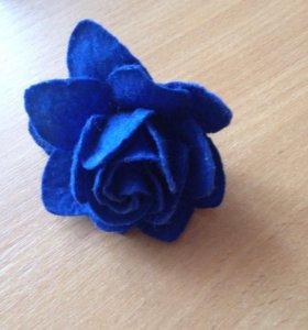 Кольцо цветок синий