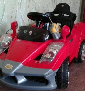 Детский автомобиль