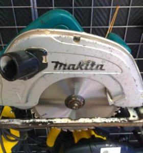 Циркулярка Makita 5704R