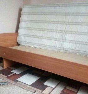 Кровать 1.5 спальняя