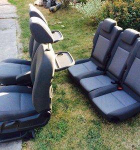 Сиденья Ford C-Max
