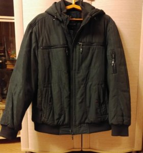 Мужская зимняя куртка с капюшоном (размер 54-56)